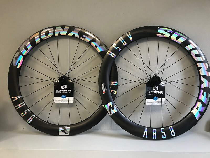 REYNOLDS ' Oilslick Wheels ' ? YES !!